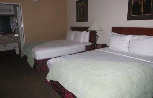 Best Western Airport Inn bedroom