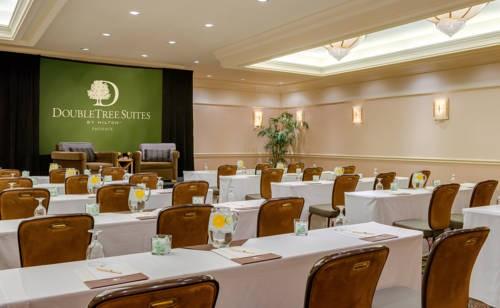 Doubletree Guest Suites Phoenix  meetings