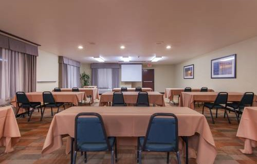 Hampton Inn Phoenix Airport North meeting space